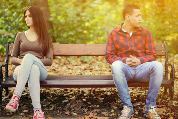 30代 遠距離恋愛 結婚 タイミング 会う頻度 連絡 減る 危険信号